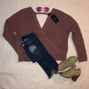 Sweaters - NWT MOON & MADISON Sweater